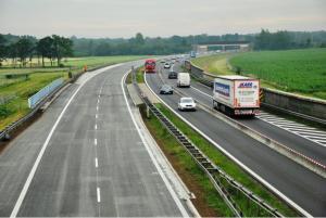 Dodatkowe zakazy wyprzedzania na czas remontu autostrady A4