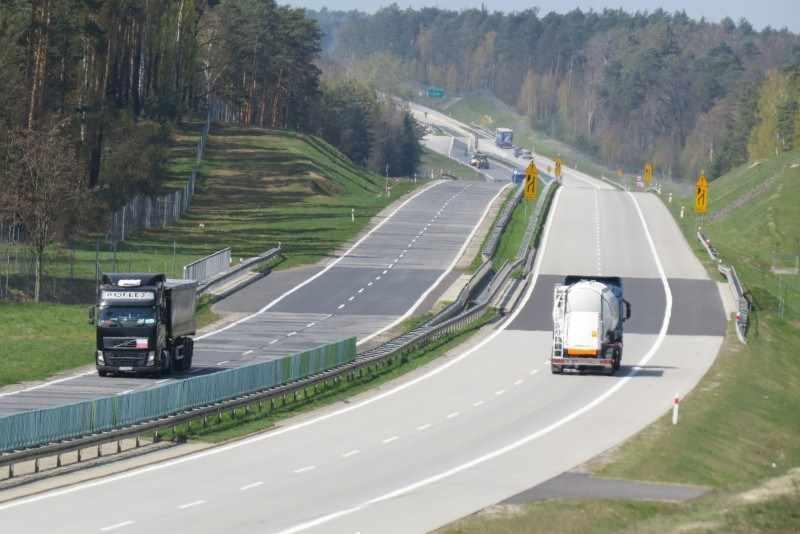 Nowe nawierzchnie dróg krajowych i autostrad