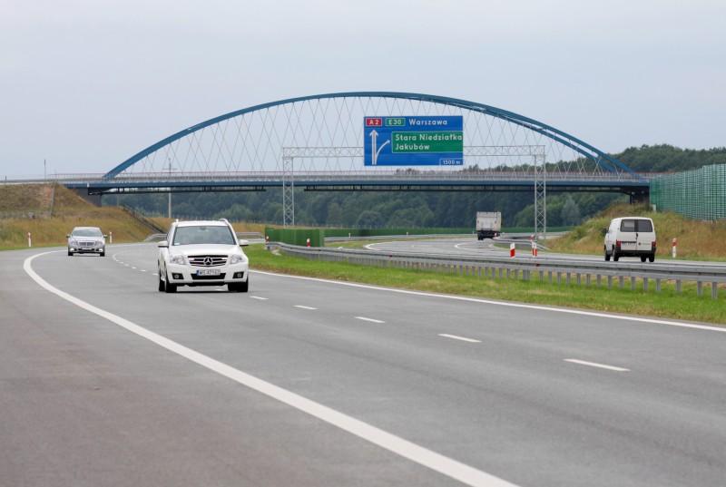 Budowa autostrady A2: Oferty na odcinek Lubelska - Konik złożone