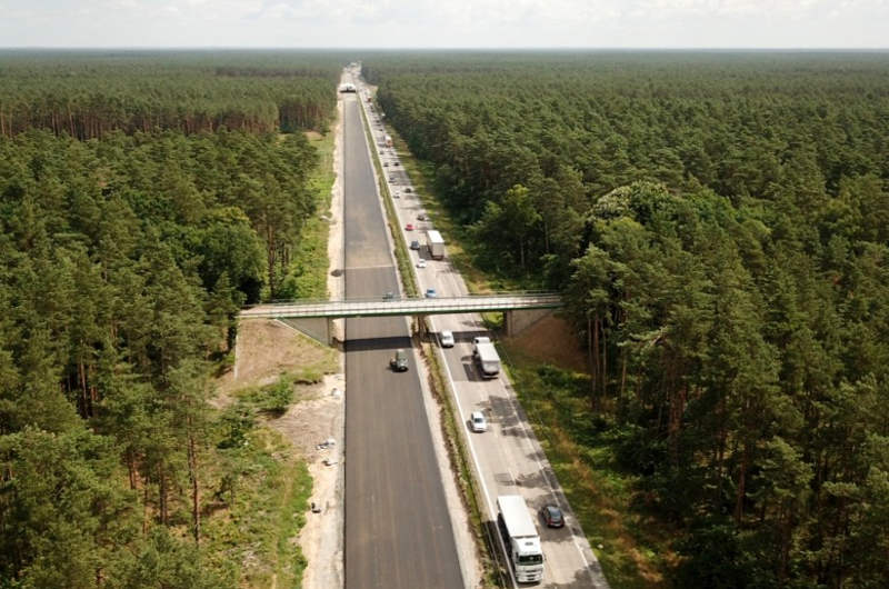 W wakacje dwoma jezdniami autostrady A6 na obwodnicy Szczecina
