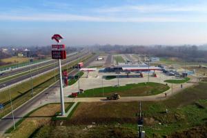 Koło Rzeszowa powstała pierwsza stacja paliw na podkarpackim odcinku autostrady A4