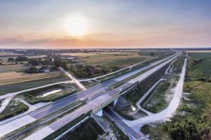 Odcinek autostrady A1 Tuszyn – Piotrków Trybunalski w rękach wykonawcy