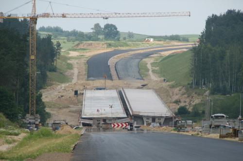 Drogi ekspresowe w budowie - raport