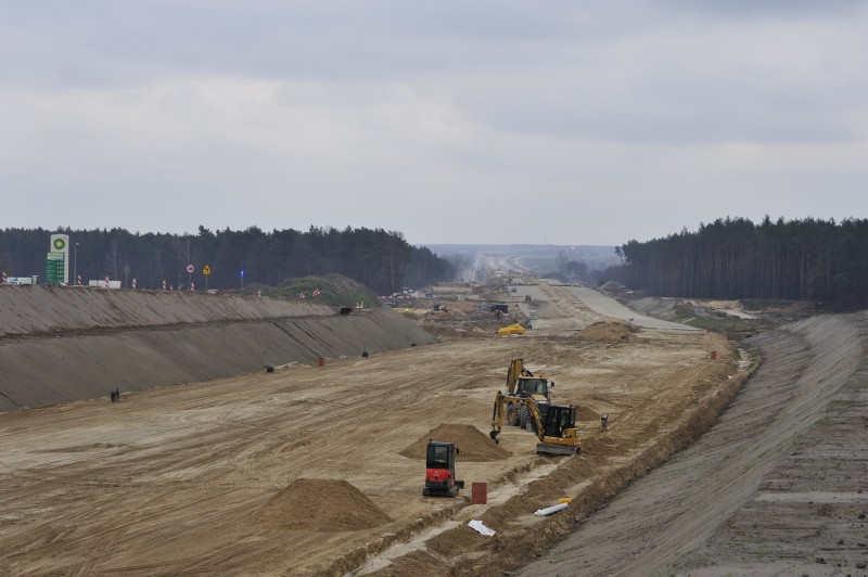 Lubelskie: Budowa 33 km drogi ekspresowej S17 na finiszu