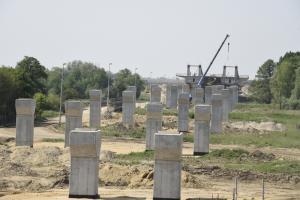 Budowa podwrocławskiej drogi S5 coraz bardziej zaawansowana