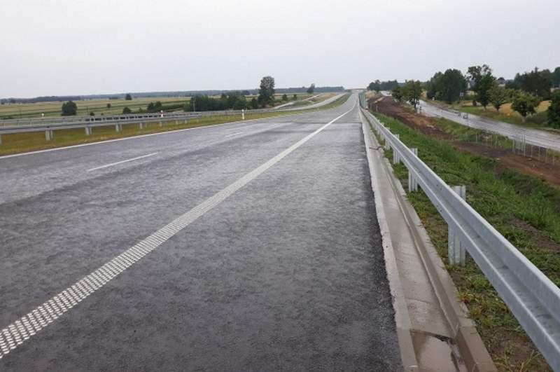 Nowy odcinek drogi ekspresowej S17 Skrudki - Kurów na trasie Warszawa - Lublin