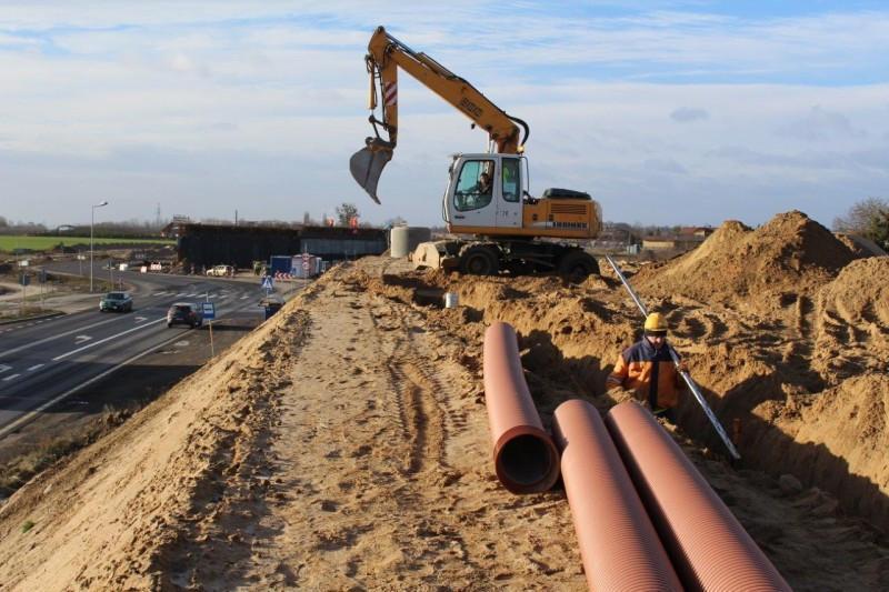 Budowa drogi ekspresowej S5 trwa nawet w zimie