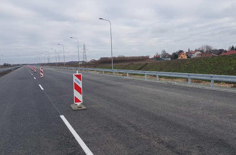 Jedną jezdnią S5 Poznań - Wronczyn