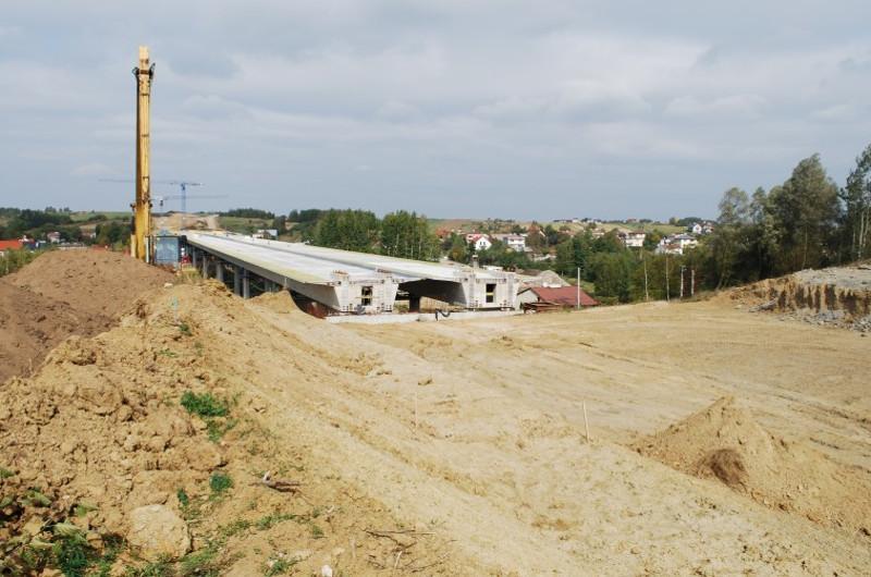 Budowa drogi ekspresowej S19 Świlcza - Rzeszów przekroczyła półmetek