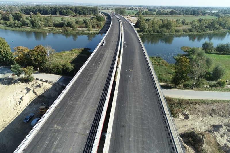 Nowy most w ciągu drogi ekspresowej S7 Gdańsk - Elbląg