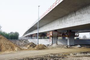 Budowa S5 pod Wrocławiem: Mosty na Widawie i Ławie niemal gotowe