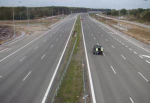 Budowa drogi S8: Obwodnica Marek otwarta, prawie…