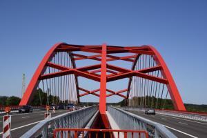 Most w Ostródzie wieńczy budowę S7 na Warmii i Mazurach. W budowie odcinki na Mazowszu