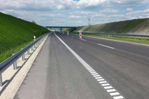 Inaczej jeździmy na S7 Chęciny - Jędrzejów i Jędrzejów - granica województwa