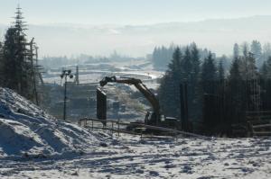 Zima nie przeszkadza wykonawcom w budowie Zakopianki. Rośnie S7 Lubień - Rabka