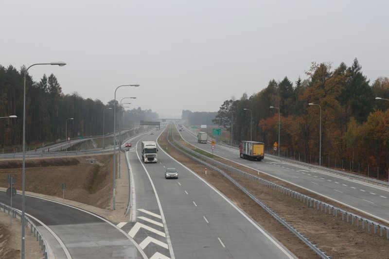 Betonowy odcinek drogi ekspresowej S8 Wyszków - Poreba