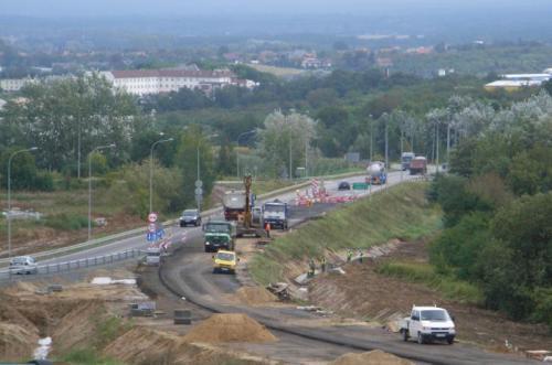 Nowy odcinek drogi S5 już pod koniec roku. Teraz jeździmy bez objazdu koło Trzebnicy