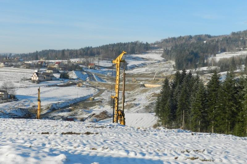 Budowa Zakopianki na odcinku Lubień - Rabka Zdrójtrwa mimo zimy