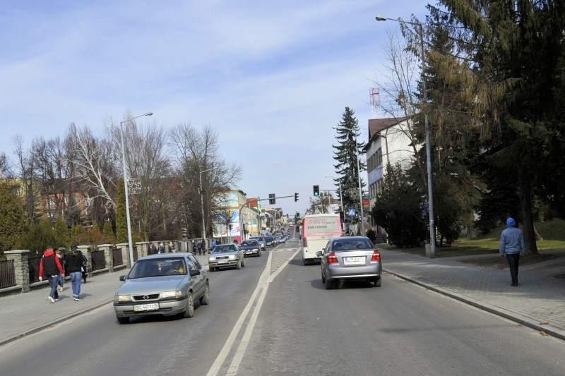Obecna droga krajowa nr 17 na trasie Piaski - Hrebenne