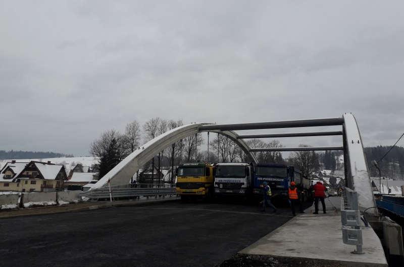 Zakopianka: Przed świętami przejezdny nowy most w Białym Dunajcu