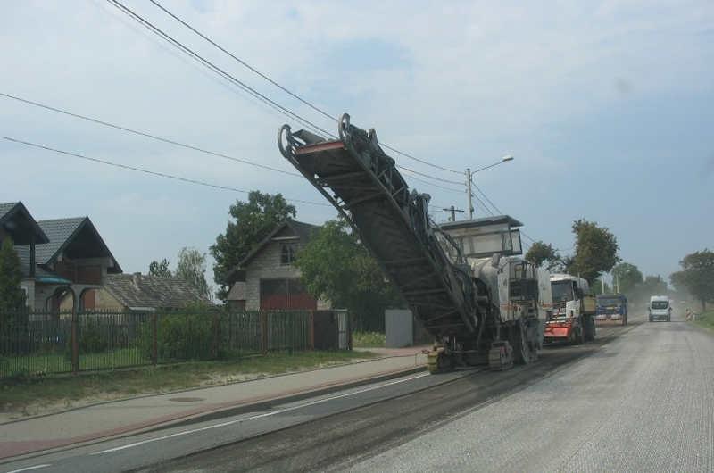 Do września wahadłowo na DK74 Kielce - Opatów