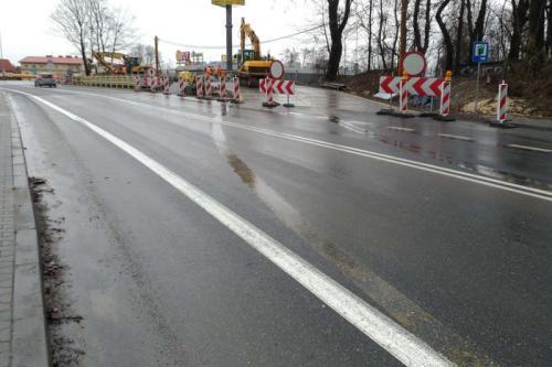 Małopolskie: Ruch na DK7 w Węgrzcach k. Krakowa po nowym wiadukcie
