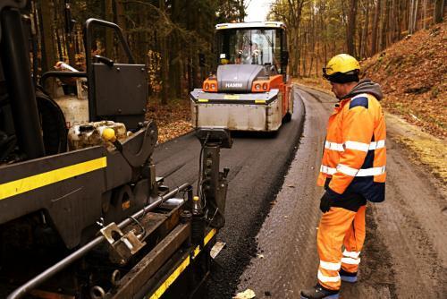 Wykonawca przebudowy DW392 otworzył dojazd do Czarnej Góry