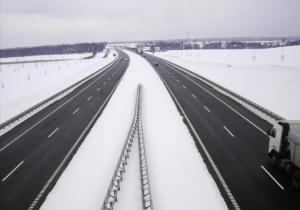 Droga ekspresowa S7 Olsztynek - Nidzica w zimowej scenerii