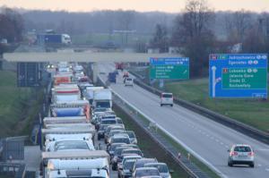 Wypadek i zamknięta jezdnia północna autostrady A4 Wrocław - Legnica