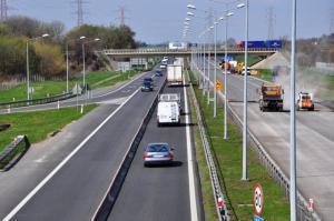 Zamknięta jezdnia w kierunku Wrocławia na A4 Brzezimierz – Brzeg