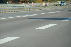 Nowa betonowa droga ekspresowa S8