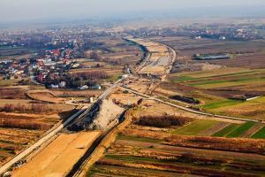 Trzy firmy chcą dokończyć budowę A4 Tarnów - Dębica