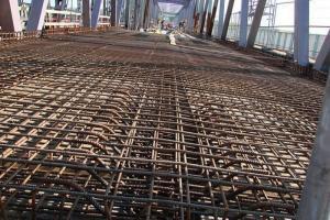 DW 90: montaż want mostu przez Wisłę koło Kwidzyna