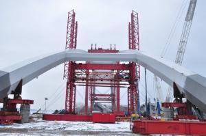 Most w Toruniu: Pracują po obu stronach Wisły