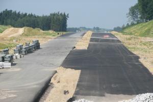 Przyśpiesza budowa kluczowej trasy Podlasia. Jest umowa na S61 Suwałki - Budzisko