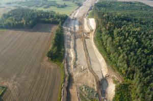 Trwa budowa drogi ekspresowej S7 na Warmii i Mazurach. Kolejne kilometry w przetargach.