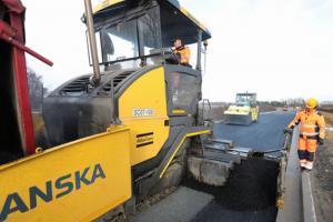 Wrocław: Pierwszy asfalt na obwodnicy Leśnicy