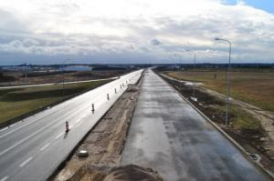 Kolejny odcinek drogi S3 w budowie