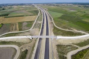 Dzięki budowie nowych dróg Polska staje się centrum logistycznym Europy