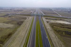 Pierwszy wiadukt nad autostradą A4 Rzeszów – Jarosław oddany do ruchu