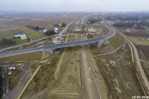 Na A4 Rzeszów – Jarosław skończyła się budowa kolejnego wiaduktu