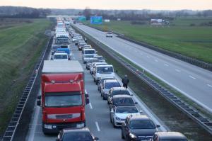 Prace na autostradzie A4, o wypadek nie trudno