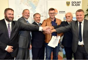 DW382: Budowa obwodnicy Dzierżoniowa staje się faktem