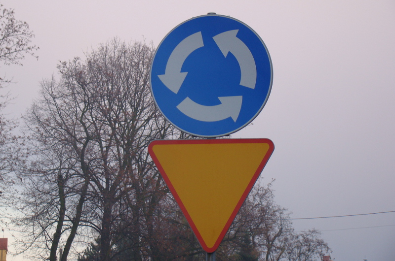 DK42: Łatwiejszy przejazd przez nowe rondo w Skarżysku-Kamiennej