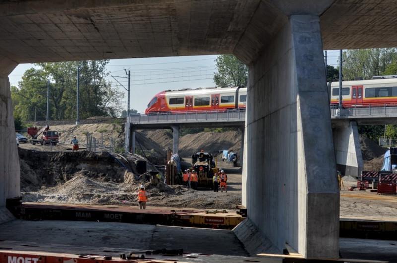 Tunel Trasy Świętokrzyskiej już na miejscu