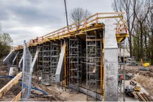 Warszawa: Trasa Świętokrzyska w budowie
