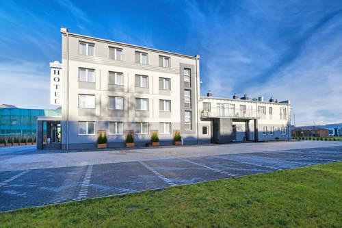 Hotel Feniks - Gniezno
