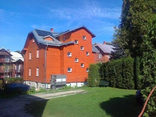 Hostel Promyk - Iwonicz-Zdrój
