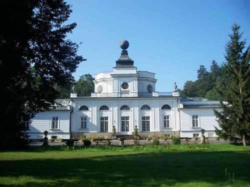 Dom Zjazdów I Konferencji - Jabłonna