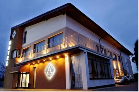 Hotel Ajax - Janki